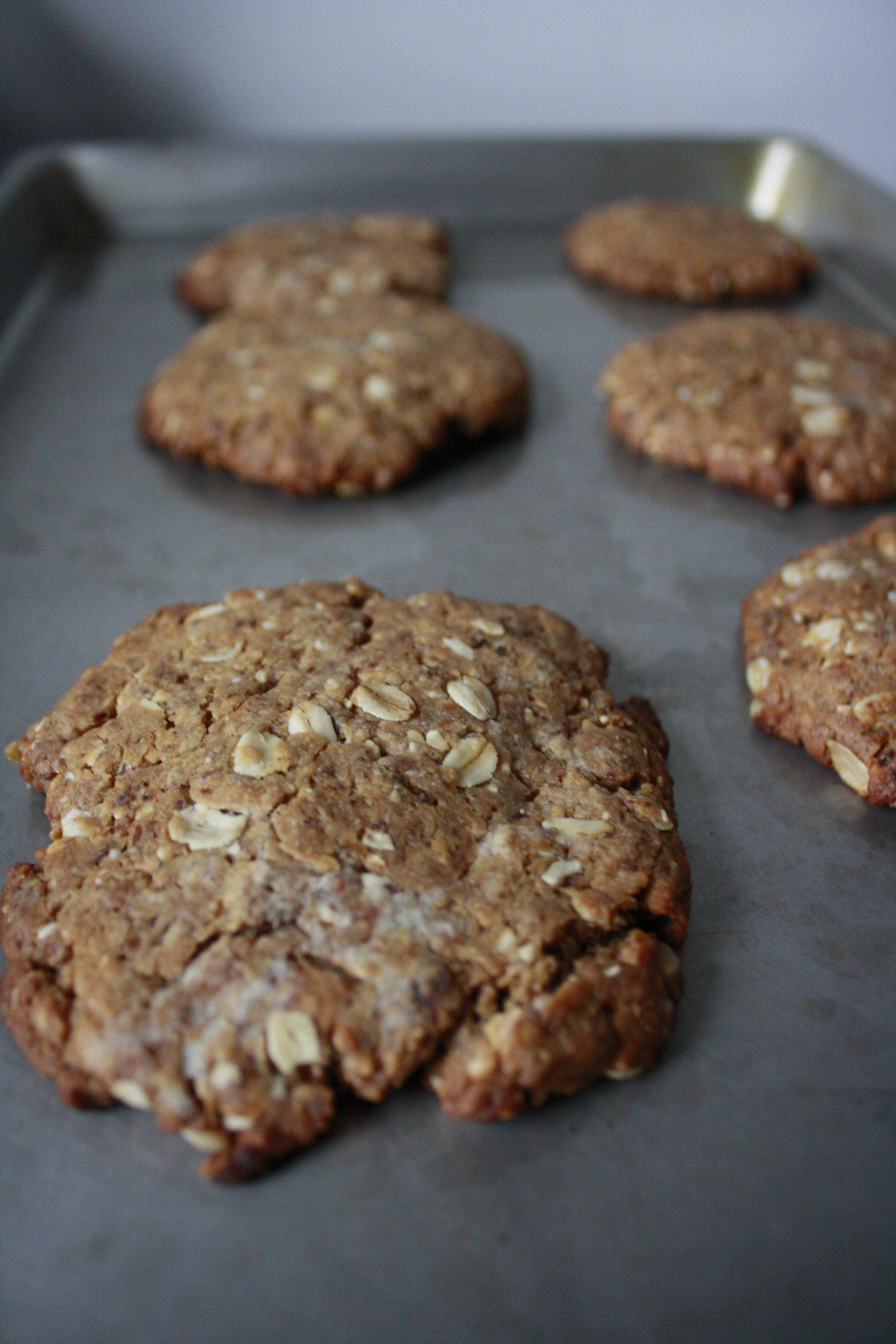 Peanut Butter Sesame Breakfast Cookies | Stile.Foto.Cibo