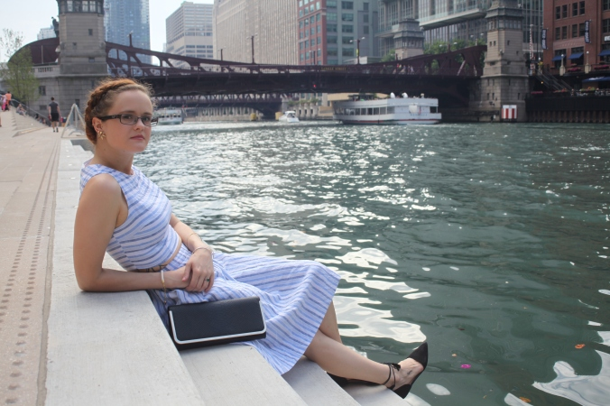 Forever 21 crop top and skirt | River Walk, Chicago | Stile.Foto.Cibo