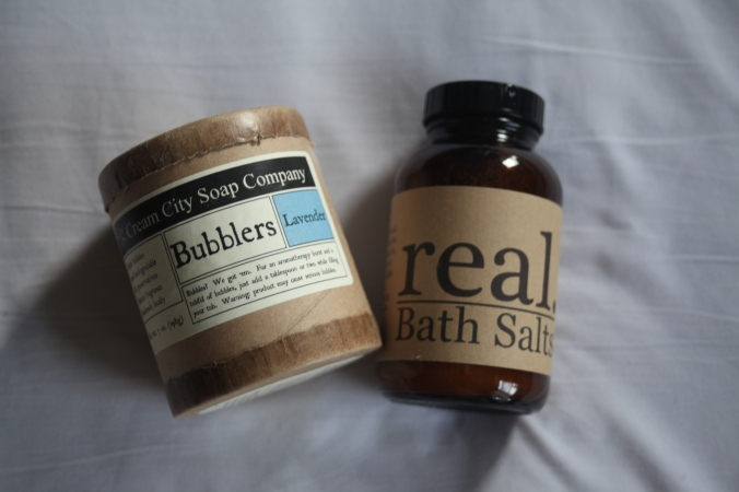 bubble bath and bath salts | Stile.Foto.Cibo