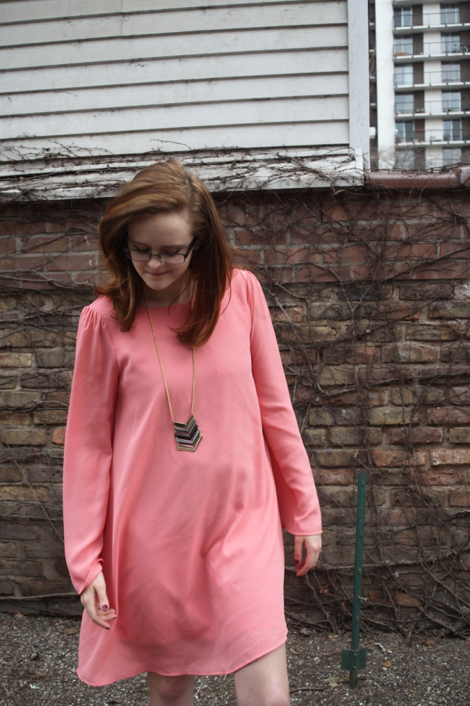 Pink Blush Bell Sleeve Dress | Stile.Foto.Cibo