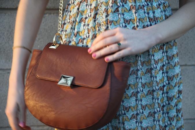 dv Chain Strap Cross Body Bag from Target | Stile.Foto.Cibo