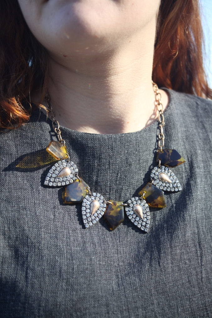 ILYMIX Tortoise Shell Statement Necklace | Stile.Foto.Cibo