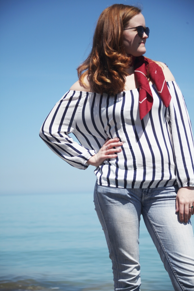 vertical stripe off the shoulder top by Cupcakes and Cashmere | Stile.Foto.Cibo
